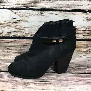 Steve Madden Arieel Black Ankle booties boots 10